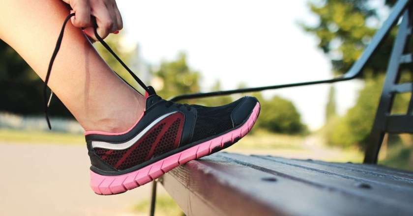 10 Best Shoes For Running on Pavement – Review 2021