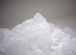 夏季砂糖特集 白糖好調、氷糖苦戦
