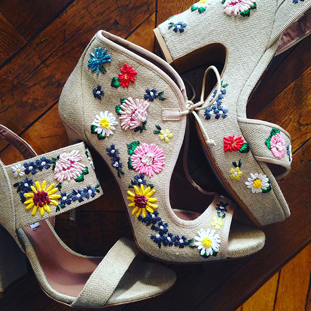 tabitha-simmons-shooooes-ss16-flowers