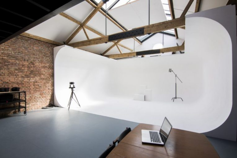 Cove  London  E5   180 Degree Cove Studio   SHOOTFACTORY London photographic studio with 180 degree infinity cove   Shootfactory