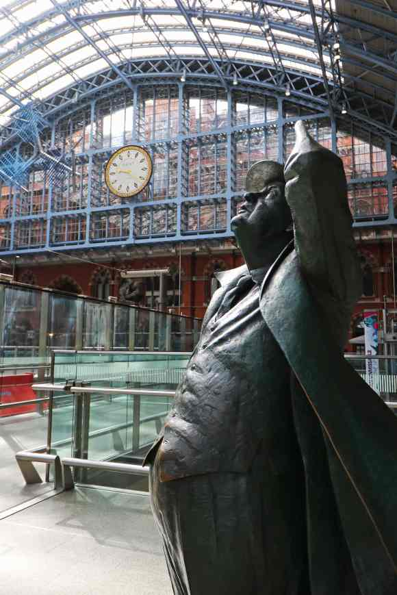 The Betjeman Statue (Dent clock in the background)