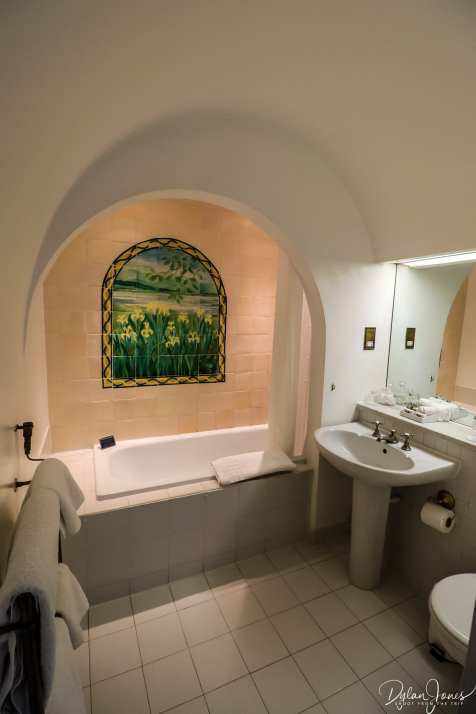 An overview of an En-suite bathroom at the Portmeirion Hotel