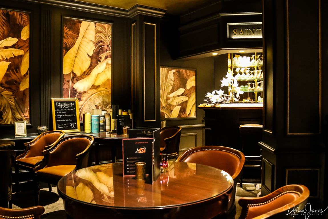 The Saint James Bar area at the Hotel Carlton Lille
