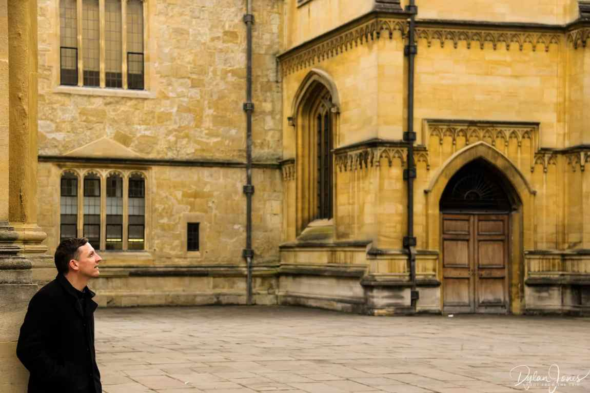 Admiring the Bodleian Library building in Oxford