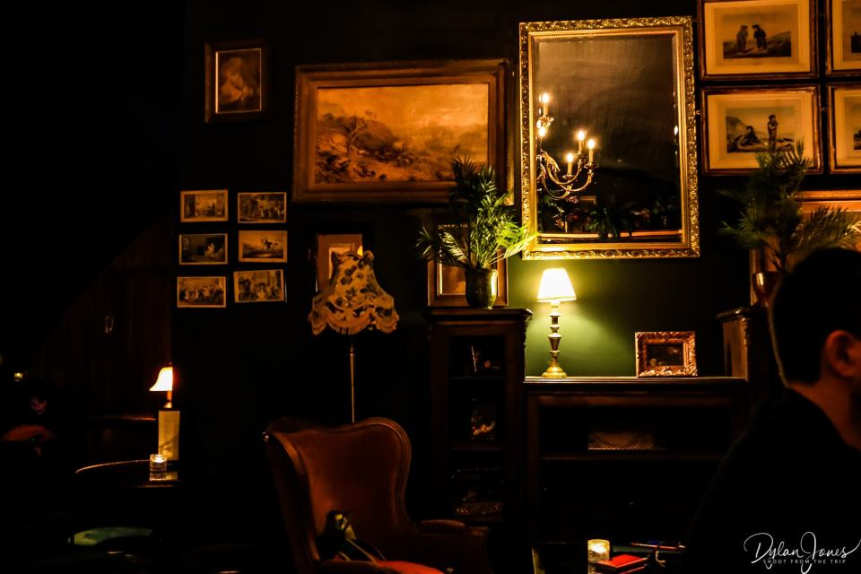 The Green Room decor