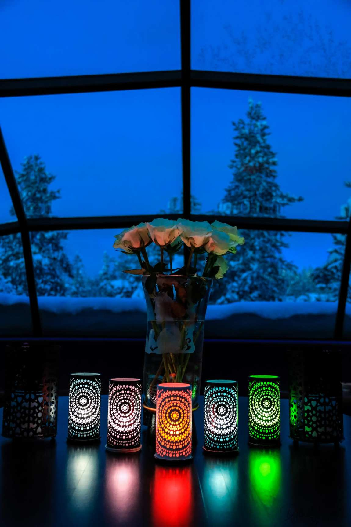 The Glass Igloo Bar at Kakslauttanen Arctic Resort West Village