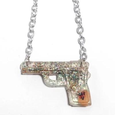 necklace 2 gun
