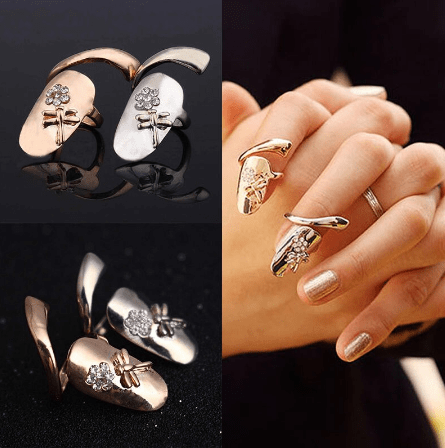 Finger Nails Ring