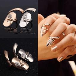 Finger Nails Ring
