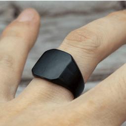 Black Square Ring