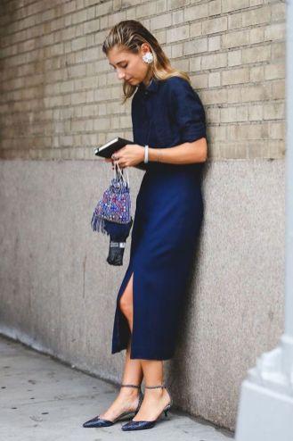 Kleuren die afkleden donkerblauw