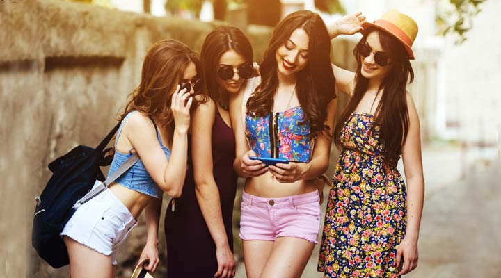 How your smartphone can help you improve your fashion style – 8 Tips to improve fashion style