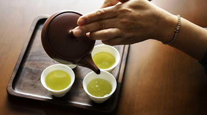 drink green tea before exam to boost your brain