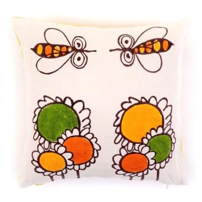 Cuscino Pascucci con girasoli e api di Gianfranco Zavalloni