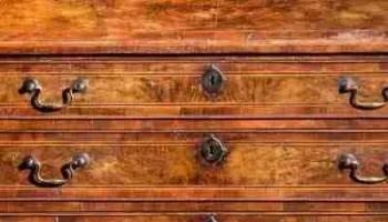 La storia dei mobili antichi e armadi d\'antiquariato | Shopvetrine ...