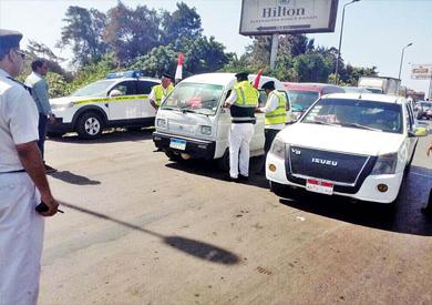 المرور ينفي إلغاء فترة السماح الخاصة برخص القيادة ويؤكد