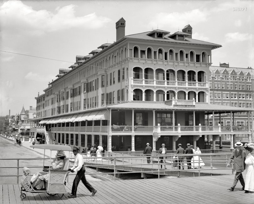 A Ride on the Boardwalk: 1905