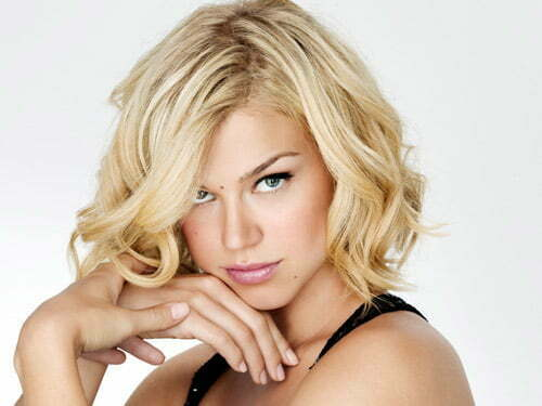 Short Hairstyles For Square Faces And Wavy Hair