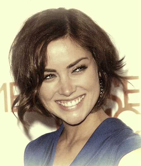 Flip Short Out Hairstyles