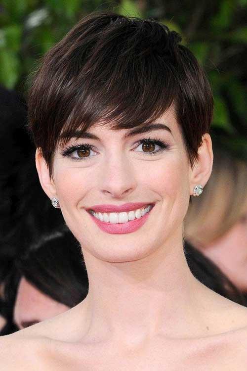 20 Best Anne Hathaway Pixie Cuts