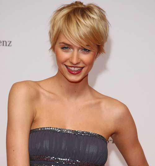 Lena Gercke with Short Hair