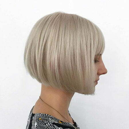 23 Short Blonde Hair With Bangs