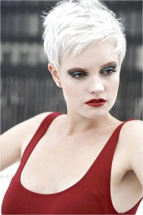Sweet And Sexy Pixie Hairstyles For Women