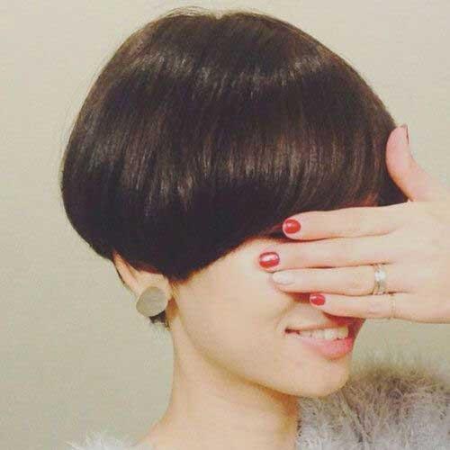 14. Cute Short Brown Hair