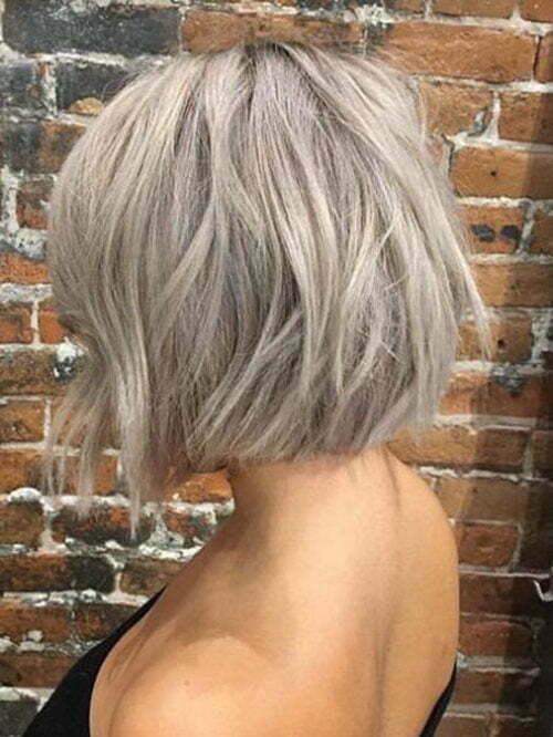 Ashy Blonde Short Hair
