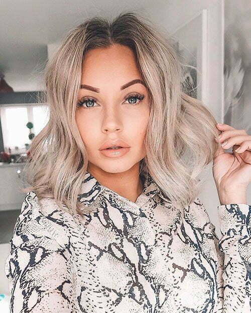 Ash Blonde Hair Color For Short Hair