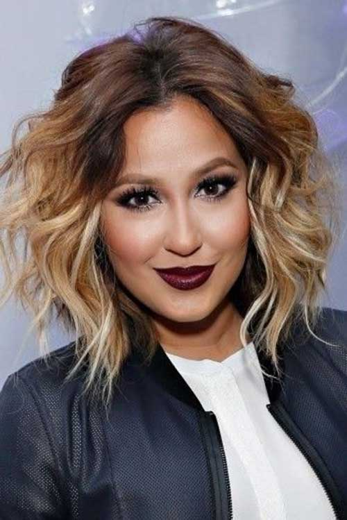 Wavy Ombre Hair Style