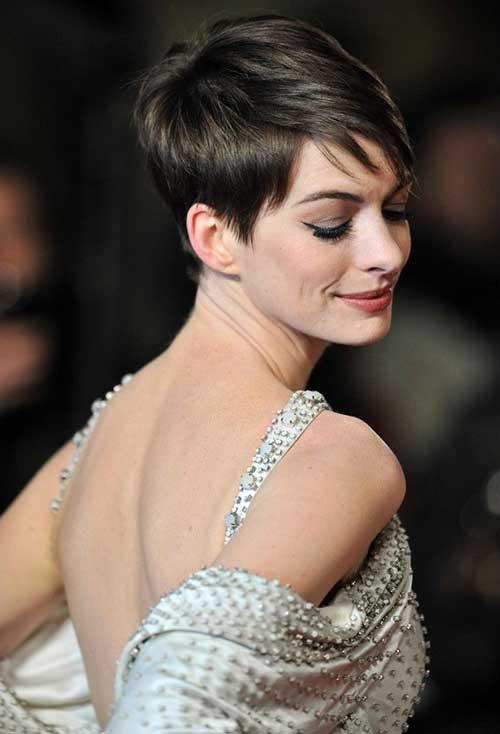 Anne Hathaway Nice Pixie Side Look
