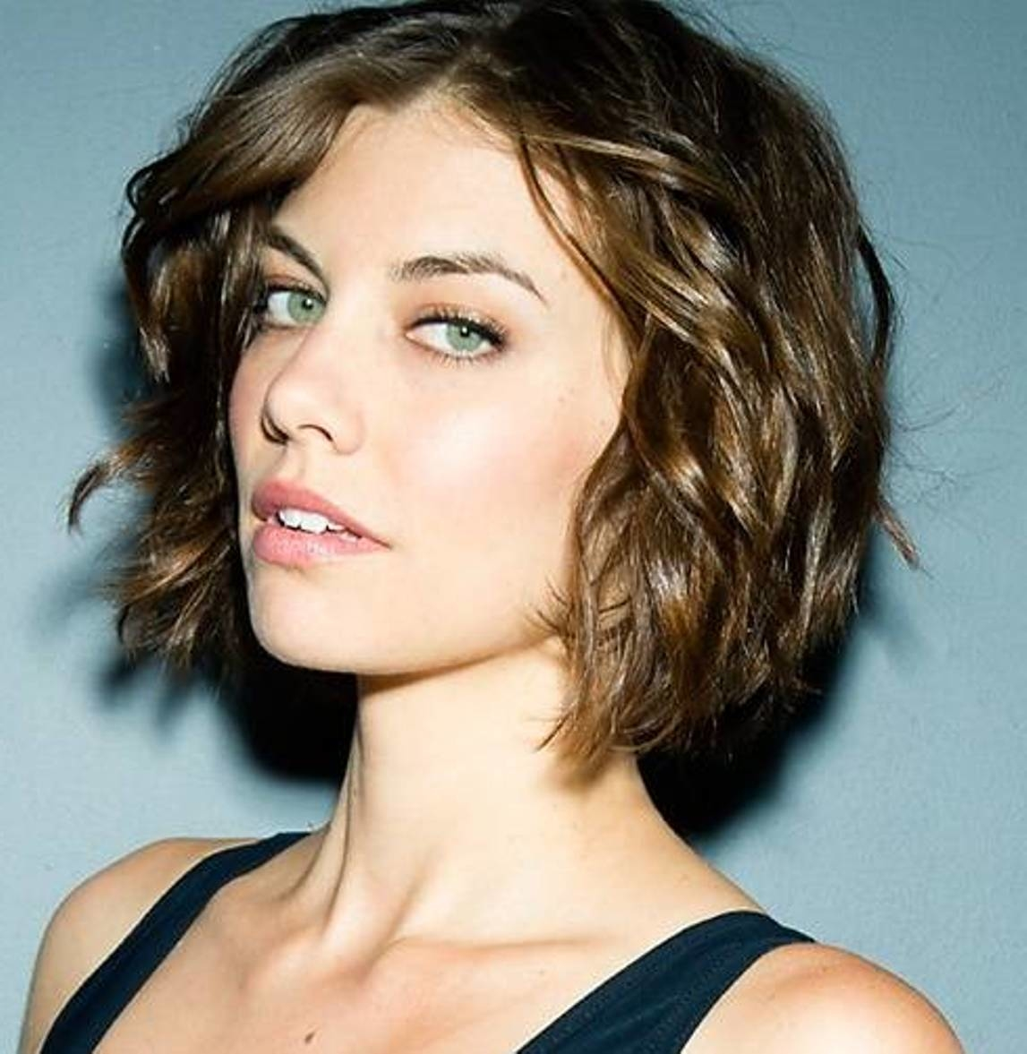 Short Haircuts For Wavy Hair Short And Curly Haircuts