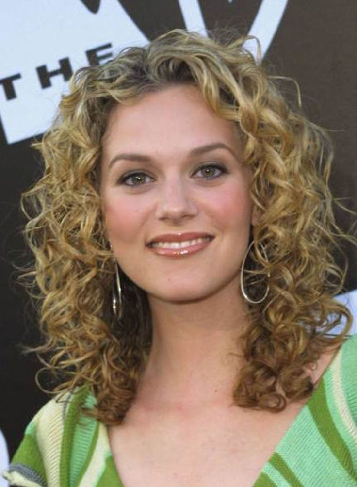 different styles for curly hair let s about different types of haircut for curly hair 8779