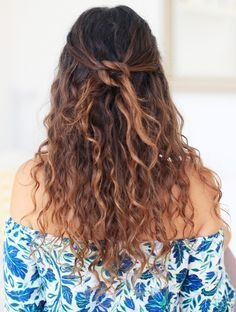 Some Easy Hairstyles for Curly Hair - some easy hairstyles for curly hair 3