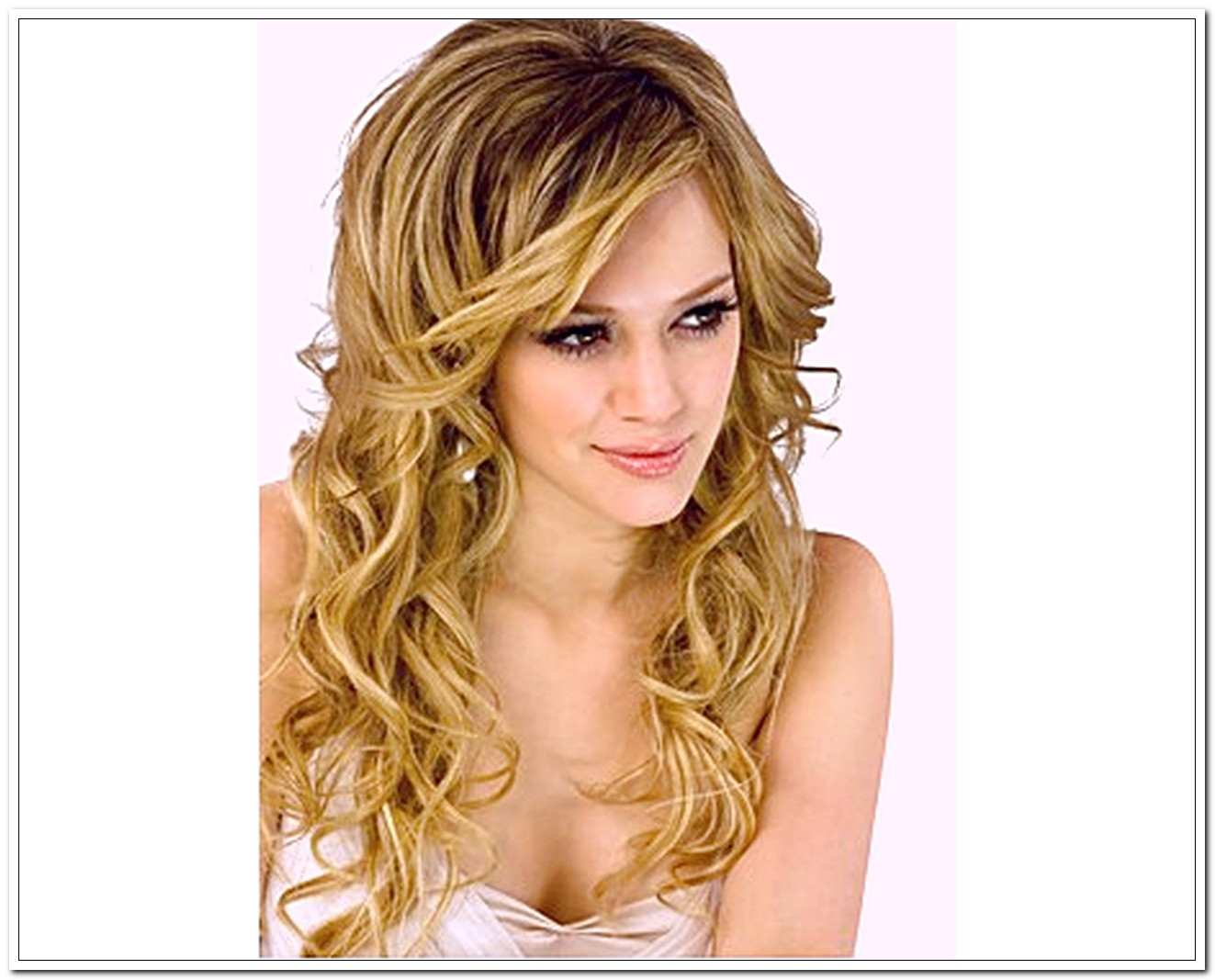 Some Easy Hairstyles for Curly Hair