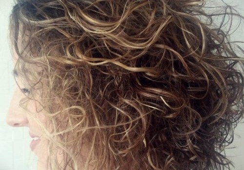 35+ Best Hairdos for Curly Hair - hairdos for curly hair 28