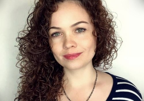 35+ Best Hairdos for Curly Hair - hairdos for curly hair 32