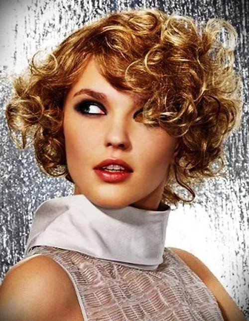 short-blonde-curly-hair-2
