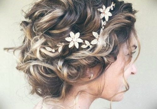 Short Curly Hairstyles for a Wedding - short curly hairstyles wedding 5