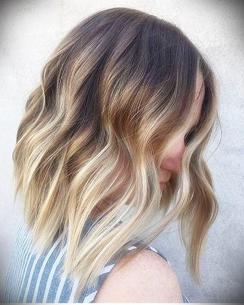short-hairstyles-for-thick-wavy-hair10