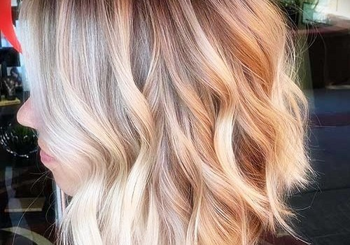 +25 Best Short Hairstyles for Thick Wavy Hair - short hairstyles for thick wavy hair12