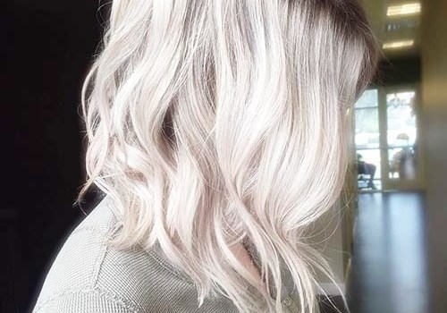 +25 Best Short Hairstyles for Thick Wavy Hair - short hairstyles for thick wavy hair2