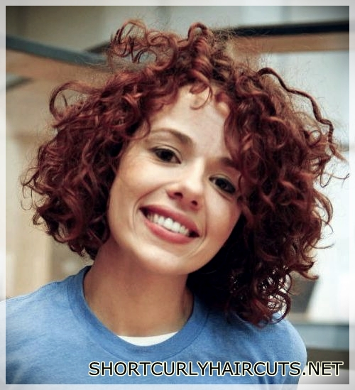 best-hairstyle-with-curls-31
