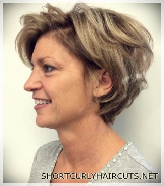 hairstyles-ideas-women-2018-over-50-35