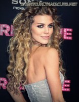 Amazing Layered Hairstyles for Curly Hair - layered hairstyles curly hair 13