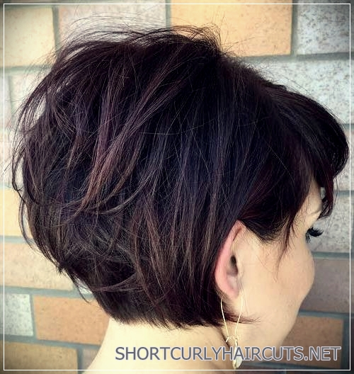 short haircuts for thick hair 21 - 6 Alluring Short Haircuts For Thick Hair