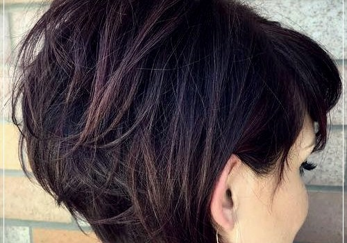 6 Alluring Short Haircuts For Thick Hair - short haircuts for thick hair 21