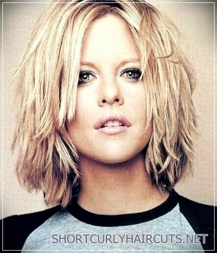 6 Alluring Short Haircuts For Thick Hair - short haircuts for thick hair 6