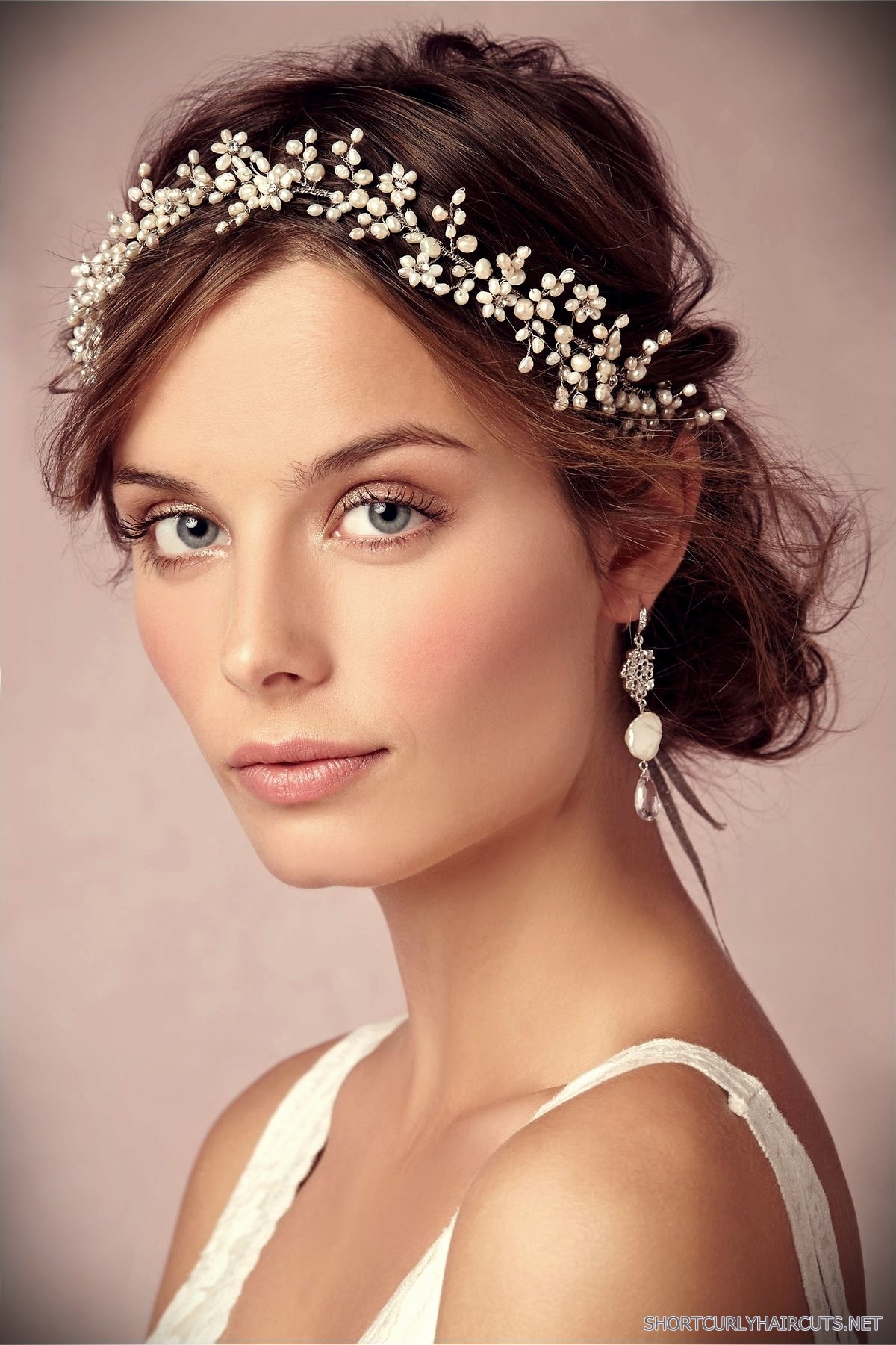 12 Stunning Short Hairstyles for Weddings - stunning short hairstyles for weddings 23